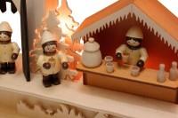 Vorschau: Schwibbogen von Romy Thiel mit dem Motiv Burgweihnacht, 63 cm _Bild5