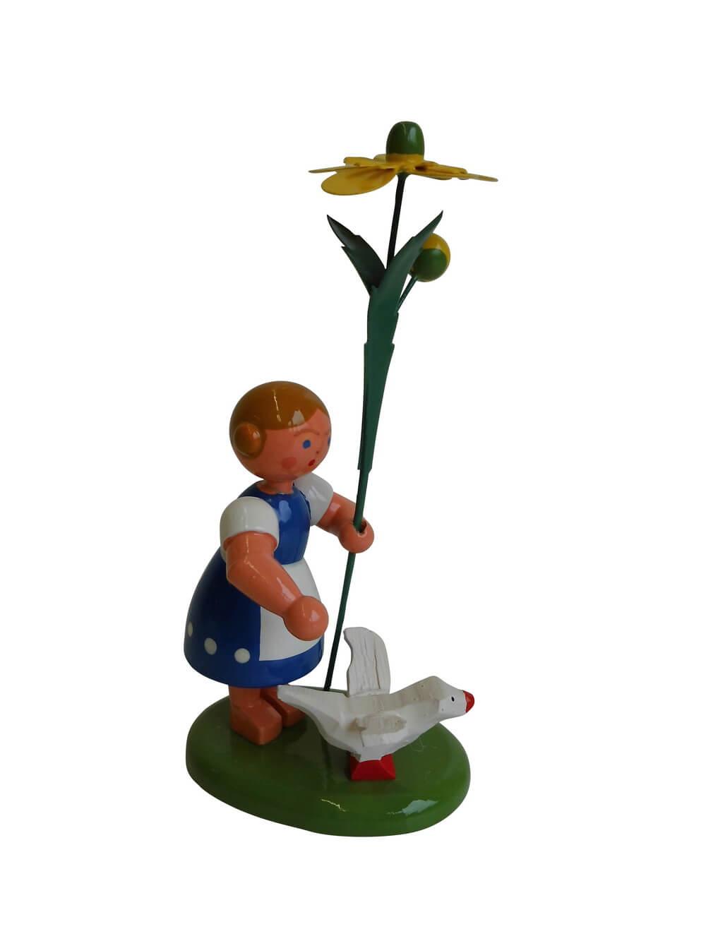 Blumenmädchen mit Reifentier (Gans) und Butterblume, 10 cm, WEHA-Kunst Dippoldiswalde/ Erzgebirge