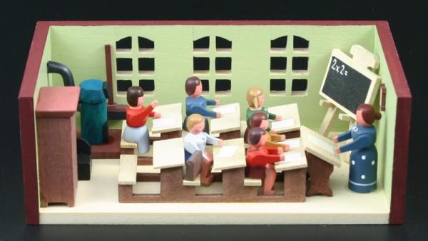 Miniaturstübchen Schulestube mit Lehrerin von Gunter Flath aus Seiffen / Erzgebirge Detailgetreue Nachbildung einer Schulstube oder Klassenzimmmer aus …