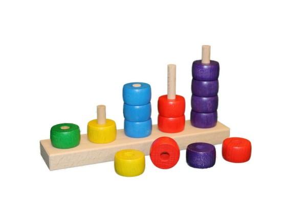 Dieses Rechenspiel punktet durch Farbe und Design. So macht es den kleinen Rechengenies gleich mehr Spaß, die Holzscheiben anhand ihrer Anzahl und ihrer Farbe …