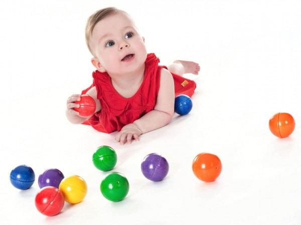 Die klingenden Holzkugeln von SINA Spielzeug Neuhausen/Erzgebirge, laden ein, spielerisch die Sinne Ihres Kindes zu schulen. 12 Holzkugeln in 6 verschiedenen …