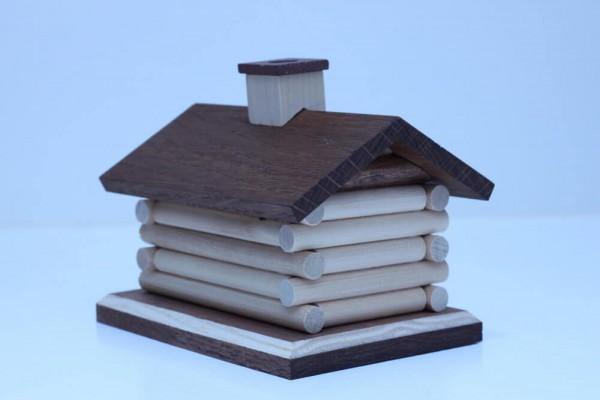 schlichtes Räucherhaus Blockhütte von Christian Kern