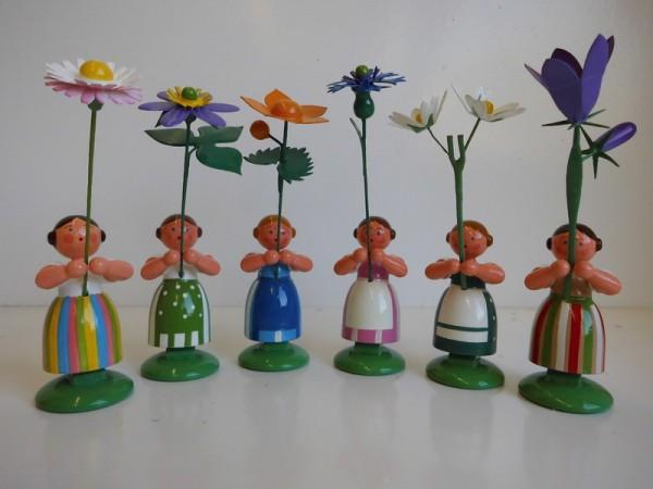 Wiesenblumenmädchen von WEHA-Kunst