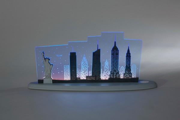 """LED Motivleuchte New York von Weigla - Günter Gläser Deutschneudorf/ Erzgebirge Die Motivleuchte """"New York New York"""" besteht aus bläulich …"""