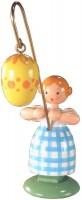 Vorschau: Ostermädchen von WEHA-Kunst mit gelben Osterei, 11 cm _Bild1