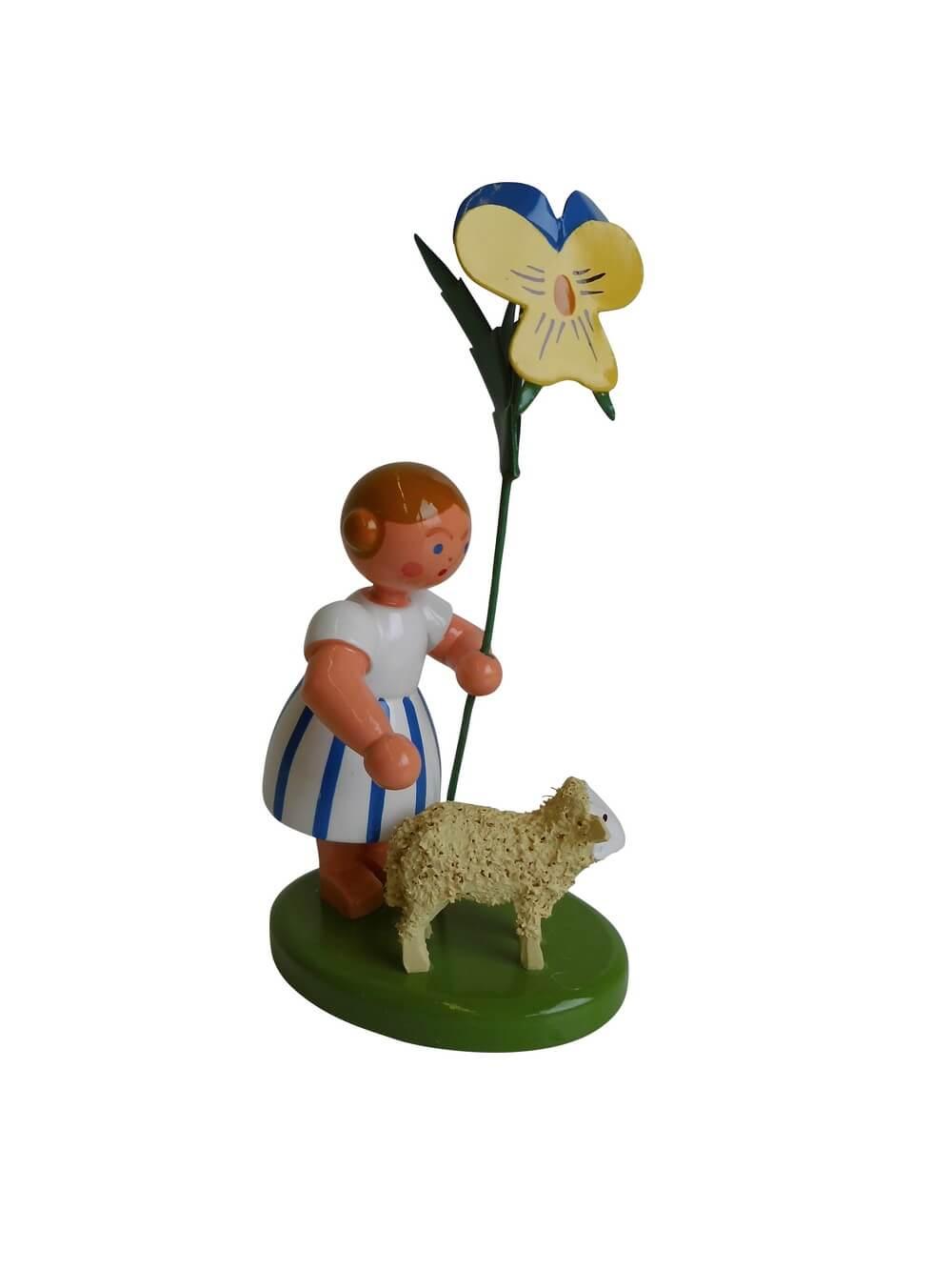 Blumenkinder - Blumenkind Mädchen mit Reifentier (Schaf stehend) und Stiefmütterchen, 10 cm von WEHA-Kunst Dippoldiswalde/ Erzgebirge