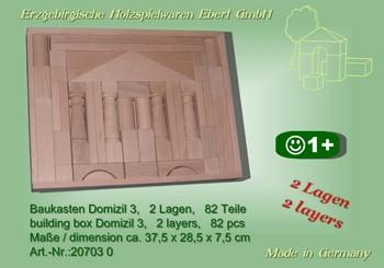 Der Baukasten Domizil 3 besteht aus 82 Bausteinen, aufgeteilt auf 2 Lagen. Es ist also leicht möglich, noch mehr Brücken, größere und höhere Bauwerke und …
