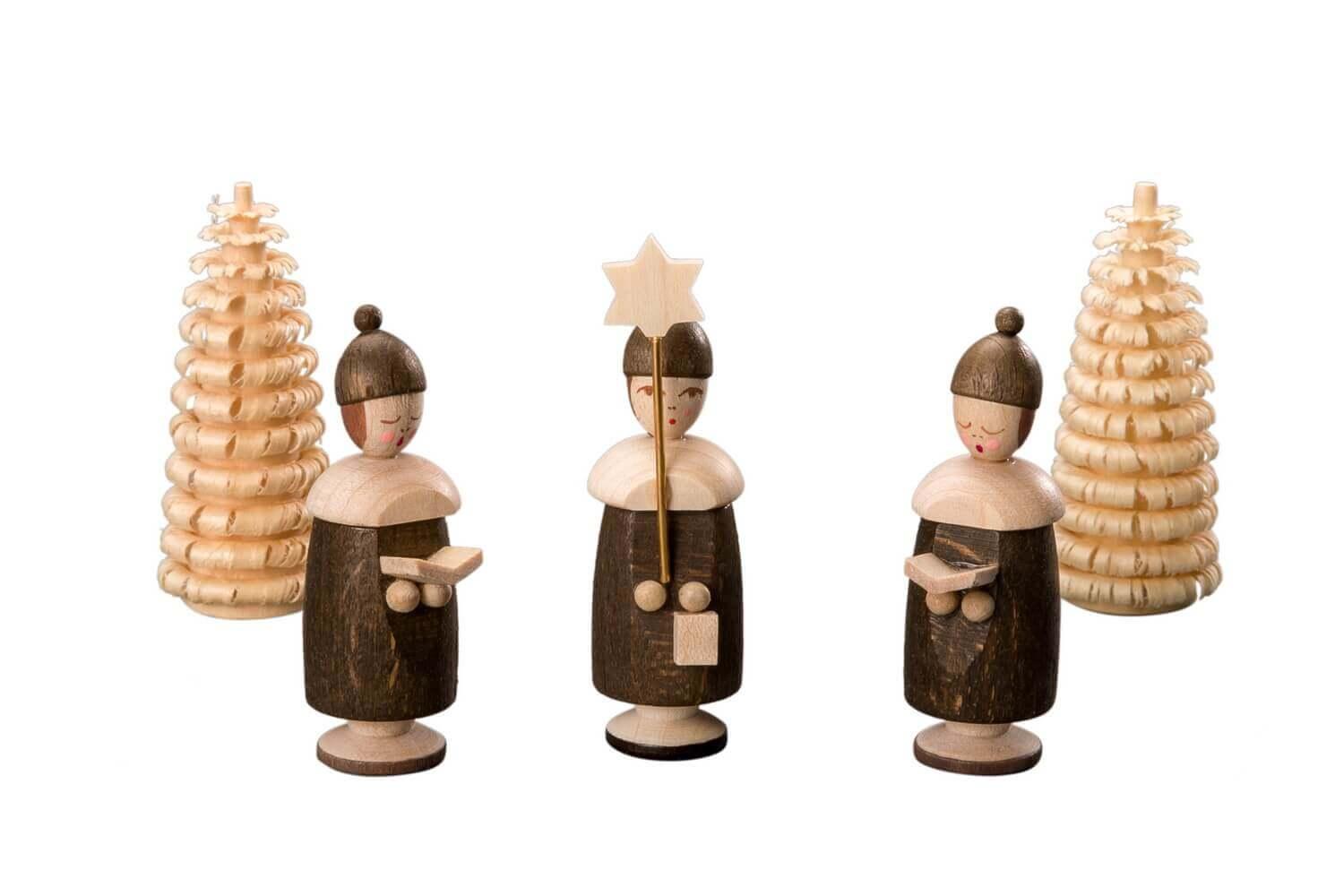 Albin Preißler Kurrendefiguren mit Mütze, 3 Stück und 2 Ringelbäumchen, natur