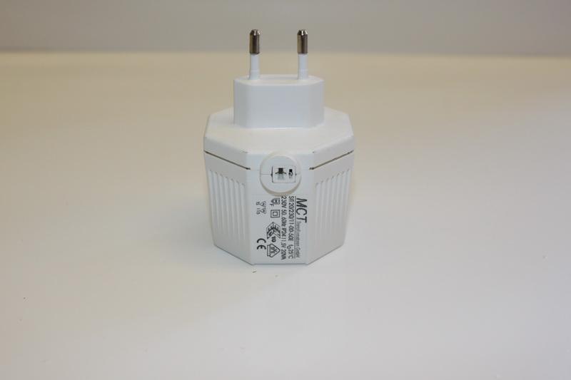 Steckertrafo mit Lautsprecherbuchse, MCT max. 20 VA, weiß, 230 V ~ 11,5 V