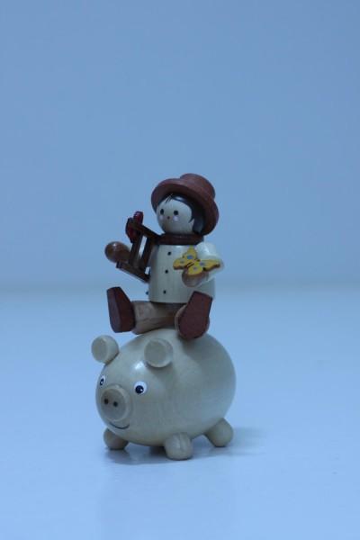Miniatur-Figur Glücksbringer mit Schwein von Romy Thiel