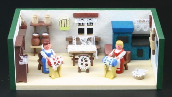 Miniaturstübchen Klöppelstube von Gunter Flath aus Seiffen / Erzgebirge Detailgetreue Nachbildung einer Klöppelstube aus früheren Zeiten. Hier kann man genau …