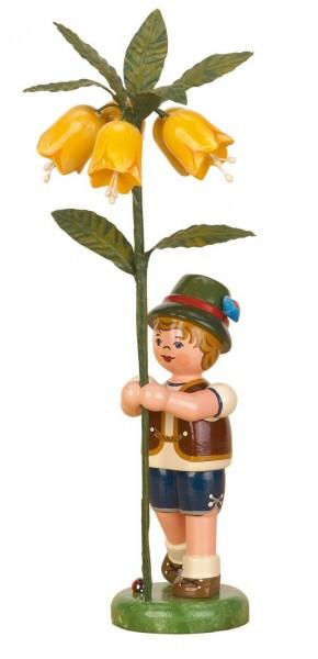 Junge mit Kaiserkrone aus Holz aus der Serie Hubrig Blumenkinder