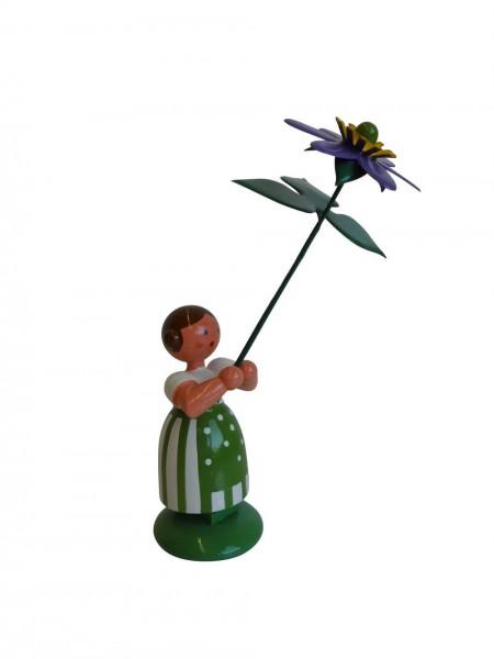 Blumenkinder - Wiesenblumenkind Mädchen mit Leberblume, 11 cm von WEHA-Kunst Dippoldiswalde/ Erzgebirge