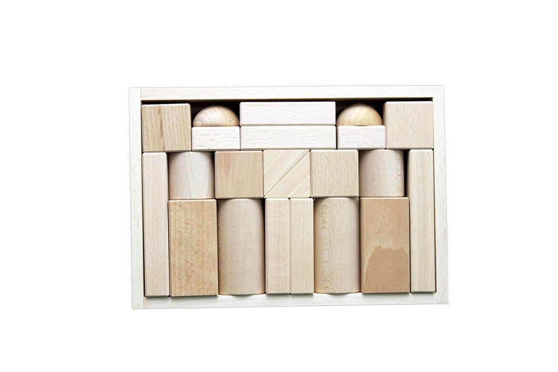 Mit diesem 22 tollen Bausteinen können Kinder schnell und unkompliziert ihre kleinen und großen Bauideen verwirklichen. Ob Burgen, Häuser, Tunnel, Brücken, …