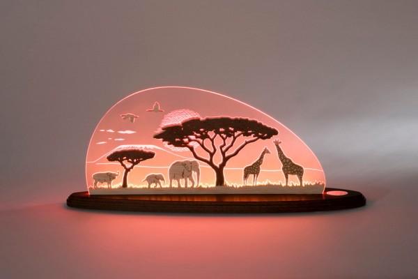 LED Motivleuchte Safari von Weigla - Günter Gläser Deutschneudorf/ Erzgebirge Elegant schwingt sich der Bogen aus hochwertigem Plexiglas®um das aus …