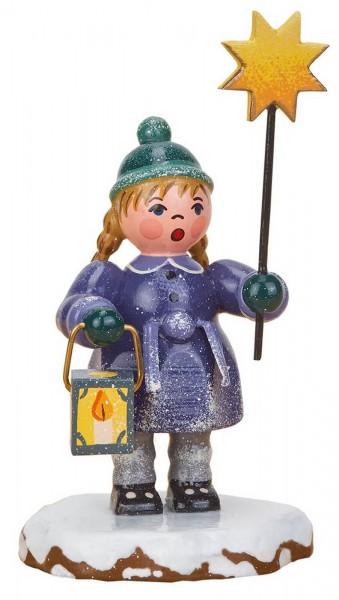 Winterkind Mädchen mit Stern von Hubrig Volkskunst GmbH Zschorlau/ Erzgebirge ist 8 cm groß.