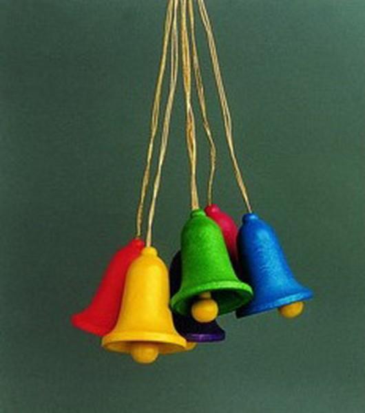 6 Glocken einfarbig zum hängen von Gunter Flath aus Seiffen / Erzgebirge Sechs wunderschöne einfarbige Glocken zum Aufhängen. So wird jeder Osterstrauch ein …