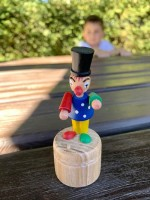 Vorschau: Wackelfigur Clown von Nestler-Seiffen_Bild4