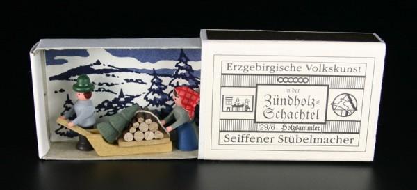 Zündholzschachtel Holzsammler von Gunter Flath aus Seiffen / Erzgebirge Detailgetreue Nachbildung eines Holzsammlers aus früheren Zeiten. Dieses Motiv wurde …