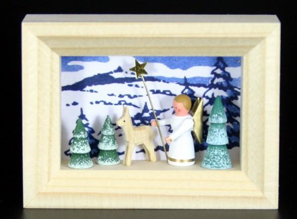 Miniatur im Rähmchen Engel mit Reh von Gunter Flath aus Seiffen / Erzgebirge Detailgetreue Nachbildung eines Engels mit Reh aus früheren Zeiten. Dieses Motiv …