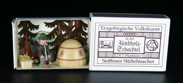 Zündholzschachtel Glasbläser von Gunter Flath aus Seiffen / Erzgebirge Detailgetreue Nachbildung eines Glasbläsers aus früheren Zeiten. Dieses Motiv wurde in …