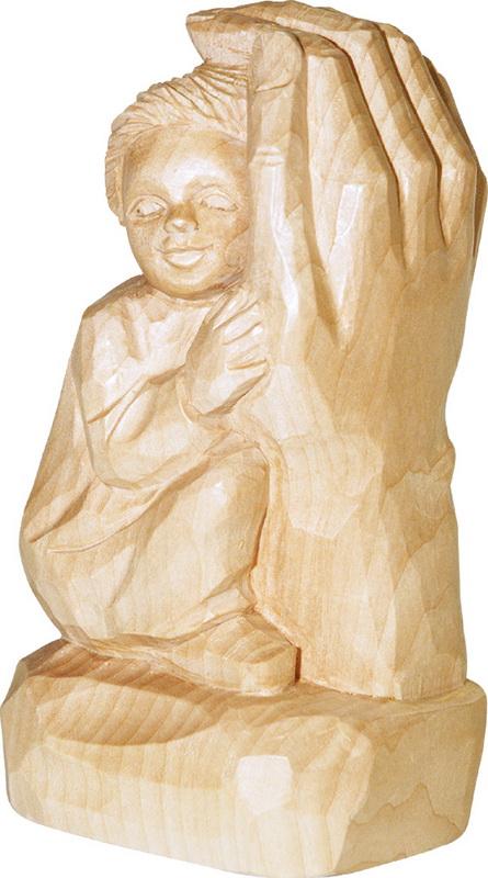 Relief Kind in Gottes Hand, natur, geschnitzt, 20 cm