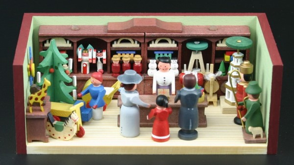 Miniaturstübchen Spielzeugladen von Gunter Flath aus Seiffen / Erzgebirge Detailgetreue Nachbildung eines Spielzeugladens aus früheren Zeiten. Dieser Laden …