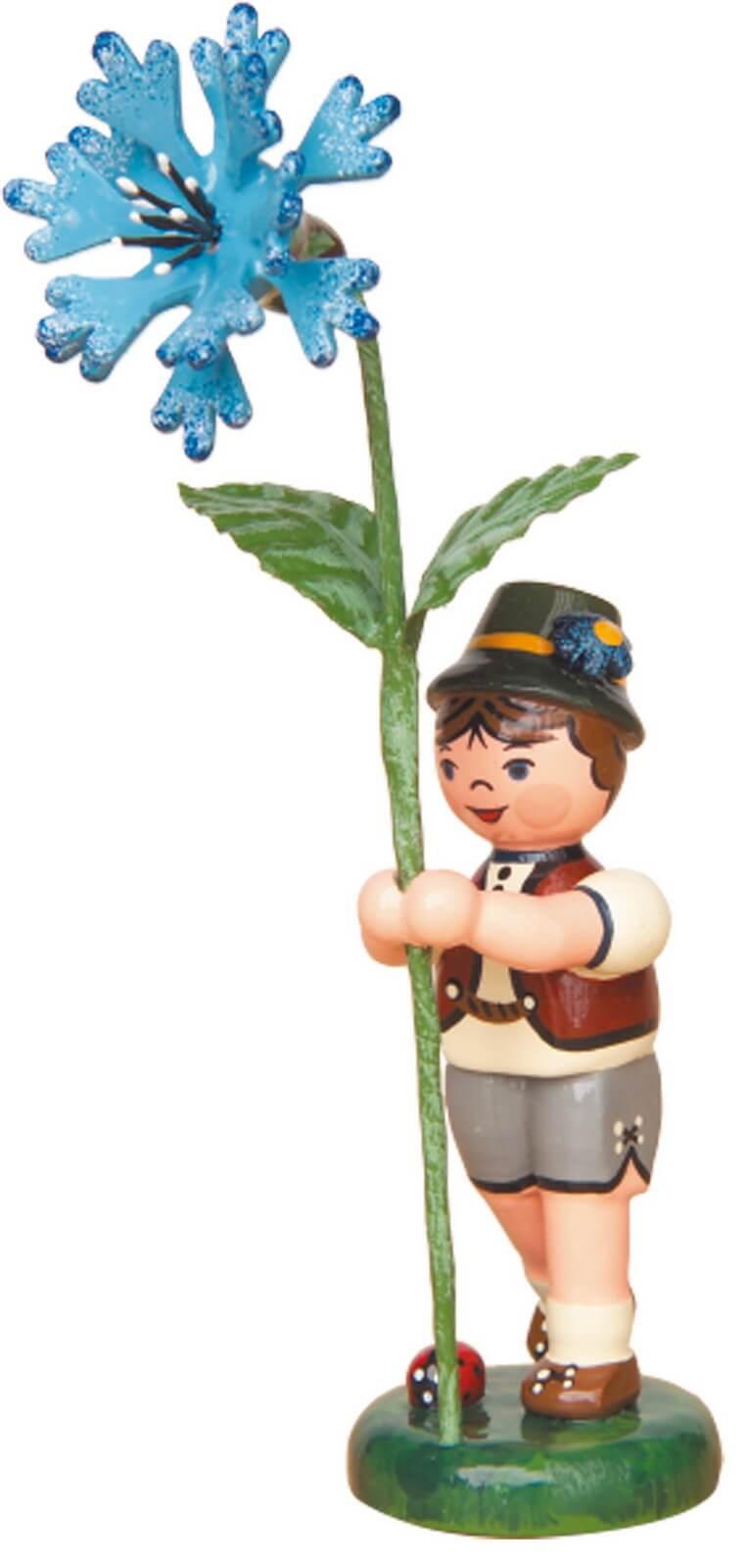 Junge mit Kornblume aus Holz von der Serie Hubrig Blumenkinder