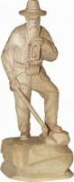Vorschau: Berghäuer 97, geschnitzt in verschiedenen Größen von Schnitzkunst aus dem Erzgebirge