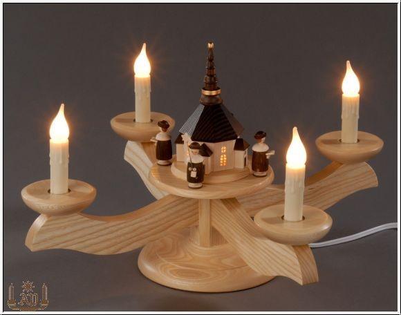 Adventsleuchter, natur - Seiffener Kirche mit Kurrende, elektrisch beleuchtet, Adventsleuchter aus massivem Eschen- und Ahornholz, naturbelassen, elektrische …