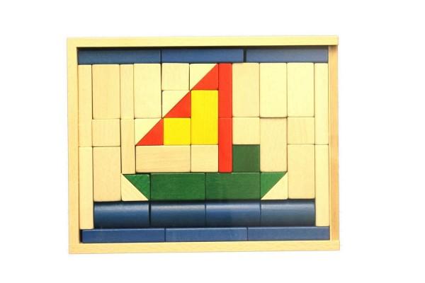"""Der Baukasten """"Schiff"""" ist bereits für die jüngsten Kinder ab 1 Jahr geeignet. Die Bauklötze haben die perfekte Größe für kleine Kinderhände …"""