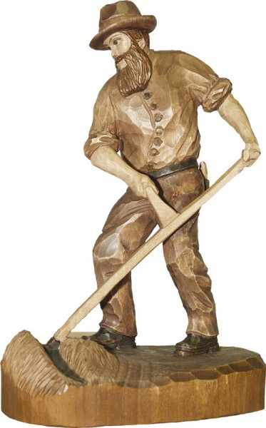 Bauer mit Sense, gebeizt, geschnitzt, in verschiedenen Größen