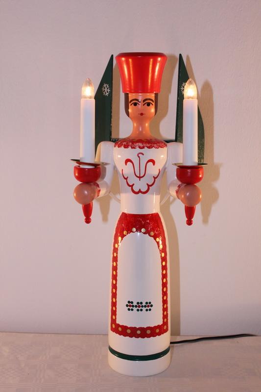 Weihnachtsengel, bunt, elektrisch beleuchtet und mit eigenem Trafo, 38 cm von Nestler-Seiffen.com OHG Seiffen/ Erzgebirge