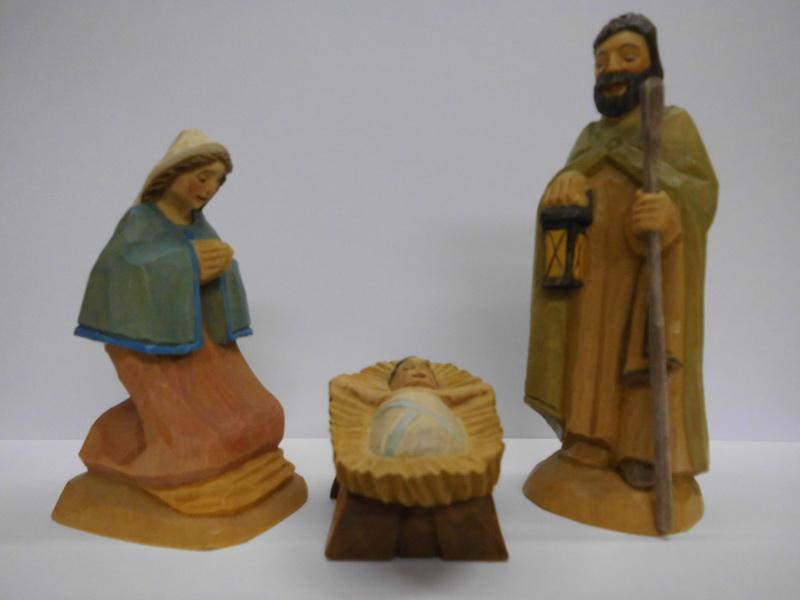 Heilige Familie, 3 - teilig, geschnitzt, 12 cm