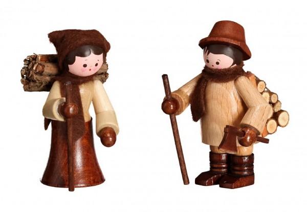 Diese Holzleute, herbstlich in natur von Romy Thiel Deutschneudorf/ Erzgebirge, haben schon sehr fleißig gesammelt. Äste und Holzscheite tragen sie, gebündelt …