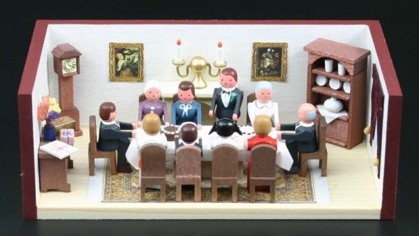Miniaturstübchen Geburtstagsstube von Gunter Flath aus Seiffen / Erzgebirge Detailgetreue Nachbildung einer Geburtstagsstube aus früheren Zeiten. Die …