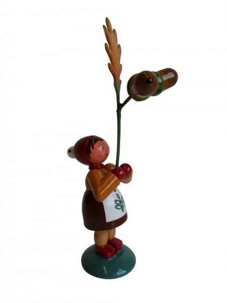Blumenkinder - Blumenkind Mädchen mit Eichel, handbemalt, 12 cm von WEHA-Kunst Dippoldiswalde/ Erzgebirge