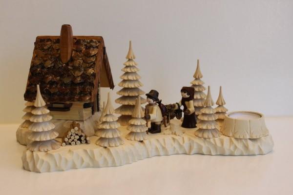 Das Räucherhaus Wildhüterhütte Wildfütterer mit Teelicht und den Romy Thiel Figuren, von Holzdrechslerei A. Lahl Deutschneudorf/ Erzgebirge, ist ein begehrtes …