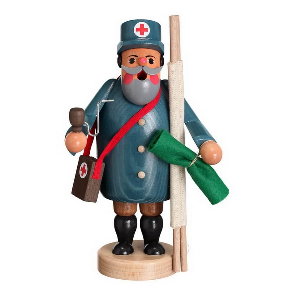 Räuchermännchen Sanitäter von Karl Werner Sayda / Erzgebirge Ein wahrer Sanitäter. Alles dabei für den Notfall. Eine Trage, eine Erste Hilfe Tasche und ein …