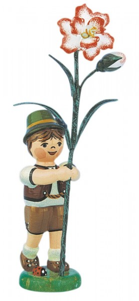 Junge mit Nelke aus Holz aus der Serie Hubrig Blumenkinder