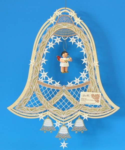 Fensterbild Plauener Spitze Glocke, grün im Holzrahmen und Weihnachtsengel mit Waldhorn, rote Flügel, 34 x 27 cm, Frieder & André Uhlig Seiffen/ Erzgebirge