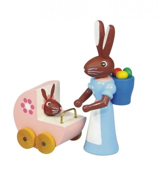 Osterhasenmutter mit rosa Kinderwagen, bunt, 6 cm, Stephan Kaden holz.kunst Seiffen/Erzgebirge
