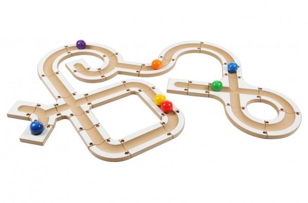 """""""Bau uns eine Bahn und schieb uns an, damit wir rollen können..."""" sagen die bunten Kugeln von SINA Spielzeug Neuhausen/Erzgebirge. 28 Bauteile mit …"""