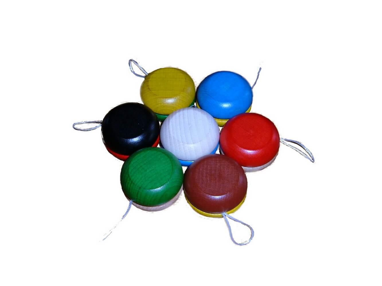 """""""Roll it"""" - Jetzt geht es rund! Diese lustigen Jo-Jos aus Holz in tollen Farben rollen um die Wette und fördern gleichzeitig die Feinmotorik. Hier ist …"""