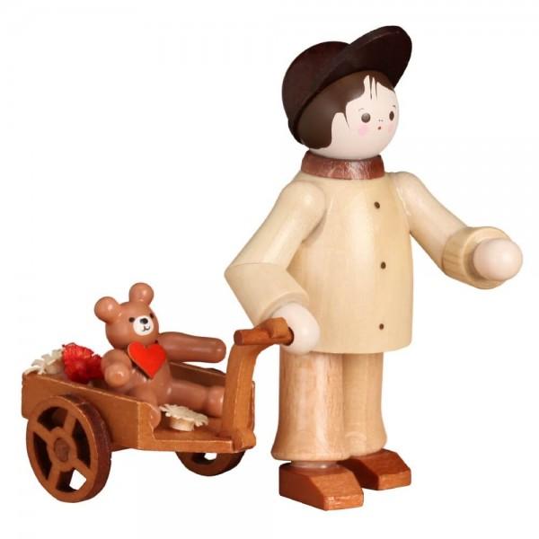 Miniatur, Junge mit Teddy im Wagen , natur von Romy Thiel
