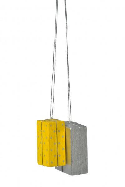 KWO Christbaumschmuck Pakete in gelb und silber zum Hängen für den Weihnachtsbaum