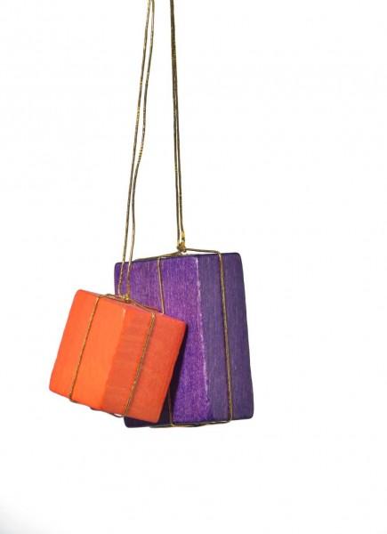 KWO Christbaumschmuck Pakete in orange und lila zum Hängen für den Weihnachtsbaum