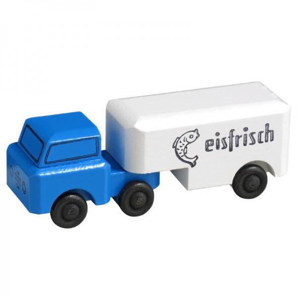 LKW gehören zu den klassischen Kinderspielzeugen im Bereich Fahrzeuge. Der LKW Kühltransporter transportiert eine ganz besondere Ladung. Er beliefert unter …
