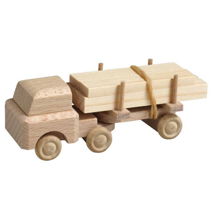LKW gehören zu den klassischen Kinderspielzeugen im Bereich Fahrzeuge. Dieser Holz LKW bringt das bestellte Schnittholz zum Lieferort im Kinderzimmer. …