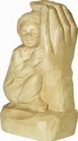 Vorschau: Relief Kind in Gottes Hand, natur, geschnitzt, 20 cm